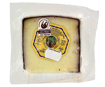 QUESOS TRADICIONALES DE ESPAÑA Queso de cabra al vino con denominación de origen Murcia 220 Gramos