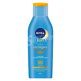 Nivea Sun Protege & Broncea - Leche solar activadora del bronceado SPF50 resistente al agua 200 ml
