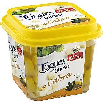 García Baquero Toques de queso de cabra en dados con laurel Envase 235 g