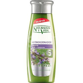 Naturaleza y Vida Mascarilla Sensitive repara e hidrata con aloe vera y enebro Tarro 300 ml