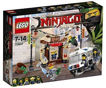 LEGO Ninjago Juego de construcciones con 233 piezas Persecución en ciudad de Ninjago, 70607 lego