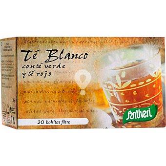 Infusión de té blanco con té verde y té rojo