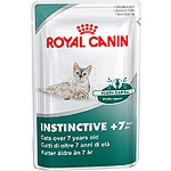 ROYAL CANIN INSTINCTIVE Trocitos tiernos en salsa para dientes sensibles de gatos mayores de 7 años bolsa 85 g Bolsa 85 g