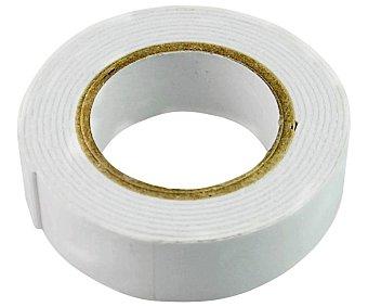 Productos Económicos Alcampo Cinta adhesiva doble cara de foam blanca de 19mm x 1.5 metros