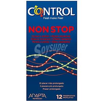 Control Preservativos non stop con puntos y estrías para un efecto retardante 12 unidades