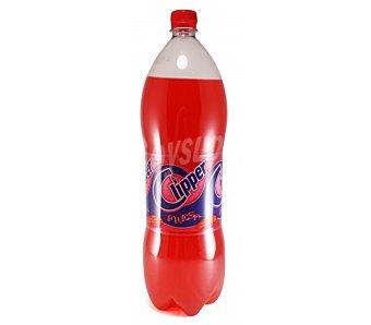 Clipper Bebida con gas de fresa Botella de 2 l