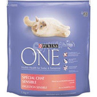 One Purina Alimento especial para gatos con salmón y arroz Digestión Sensible Paquete 1,5 kg