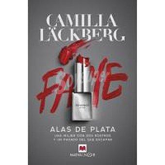 Maeva Alas de plata Camilla Lackberg, Ficción