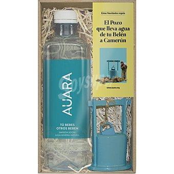Auara Agua mineral natural sin gas + figurita decorativa para Belén Navideño botella 50 cl