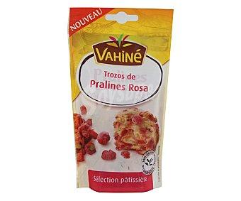 VAHINÉ Trocitos de praliné rosa 100 g
